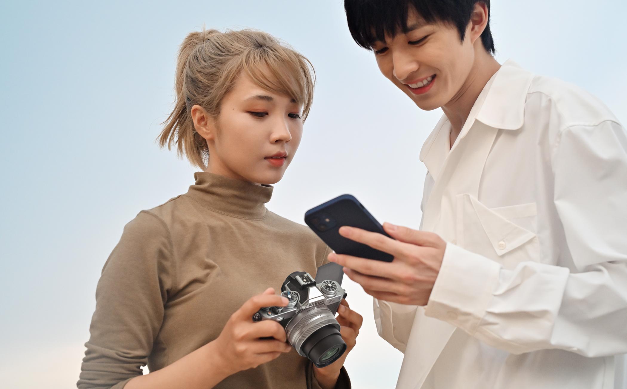 拍攝、連線、分享 上傳至社群輕鬆便捷